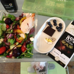 Healthy lunch ideas - salad with balsamic dressing, supplements, blueberries and dark chocolate