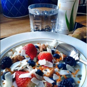 Live yogurt and fruit breakfast